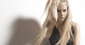 Avril Lavigne popular with Brazilian fans but not songwriter 'Sia'